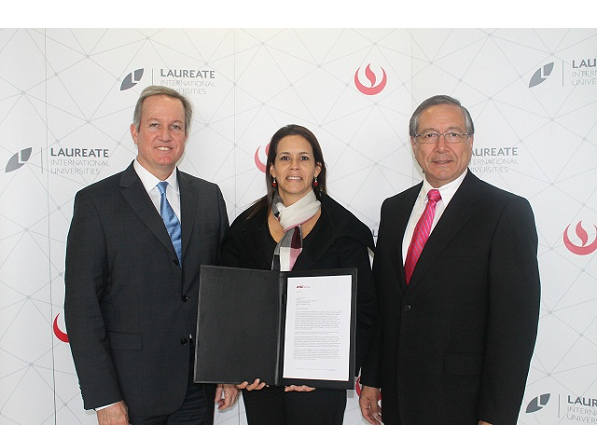 UPC inicia proceso de acreditación institucional en los Estados Unidos