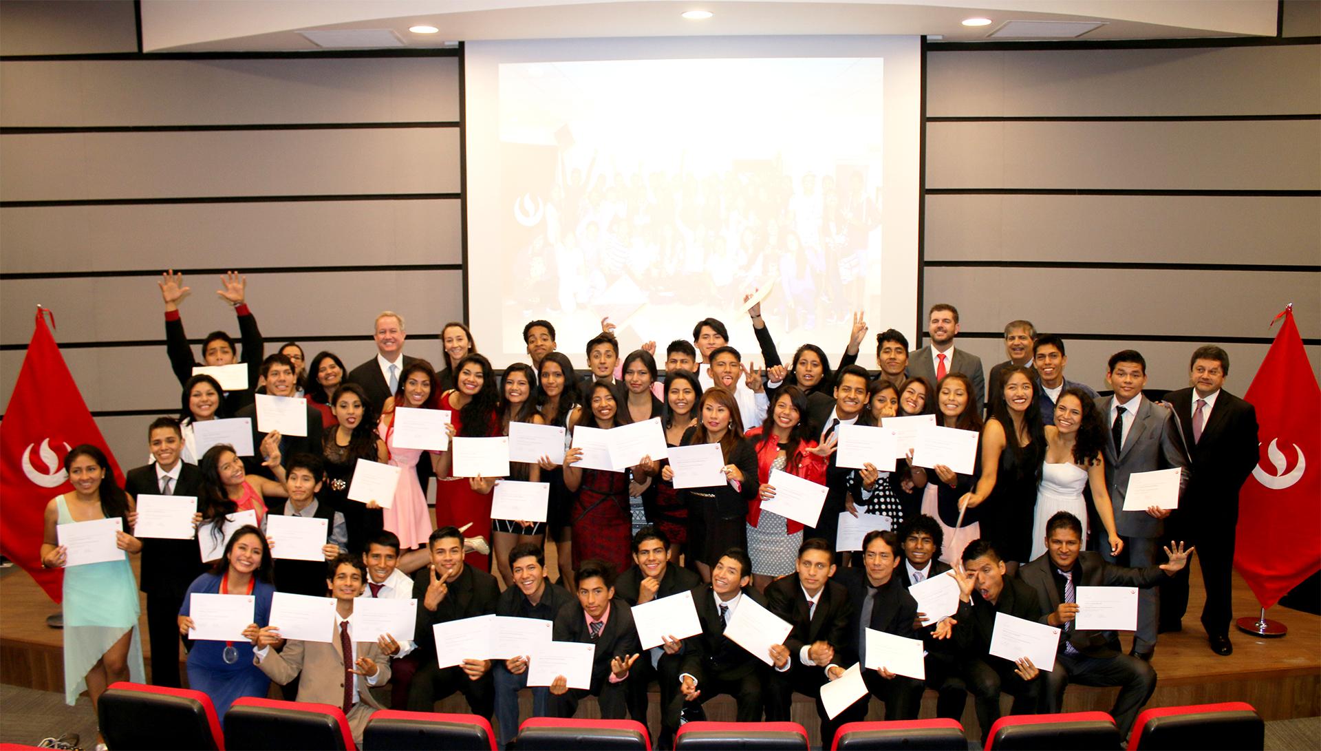 Por tercer año consecutivo la UPC capacitó a jóvenes artistas de la Asociación Cultural D1