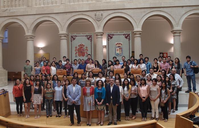 Alumnos de la UPC realizaron misión académica internacional en La Rioja, España