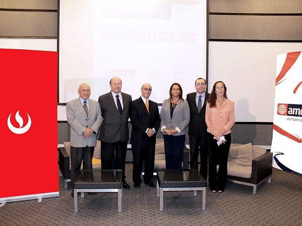 Facultad de Comunicaciones UPC participó en Foro organizado por América Televisión