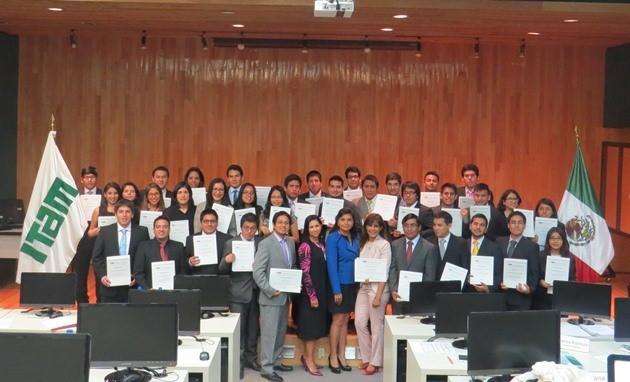 Alumnos de Ingeniería de la UPC realizaron viaje de estudios a México