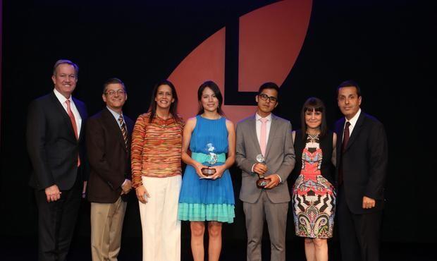 Laureate reconoce a alumnos, egresados y profesores excepcionales