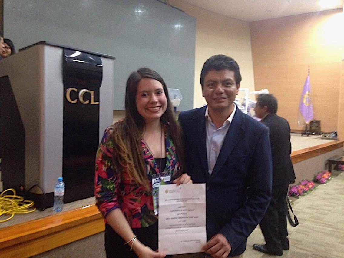 Exalumna UPC obtiene primer puesto en V Encuentro de Investigación organizado por el Colegio Odontológico de Lima