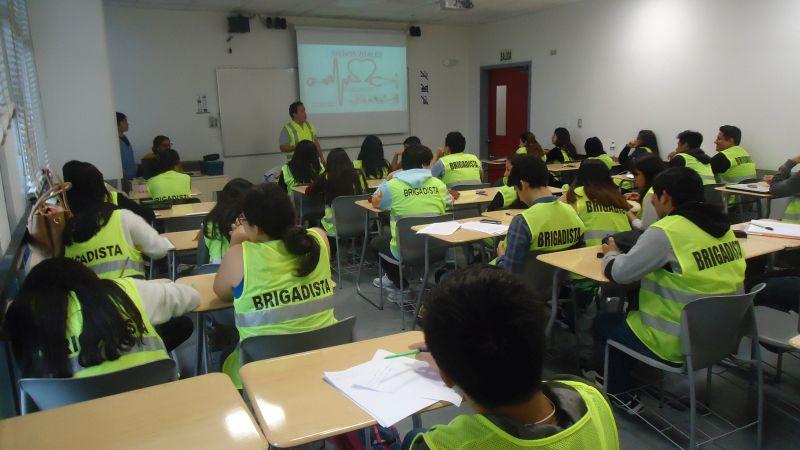 El Club de Brigadistas UPC fomenta la cultura de seguridad en los alumnos