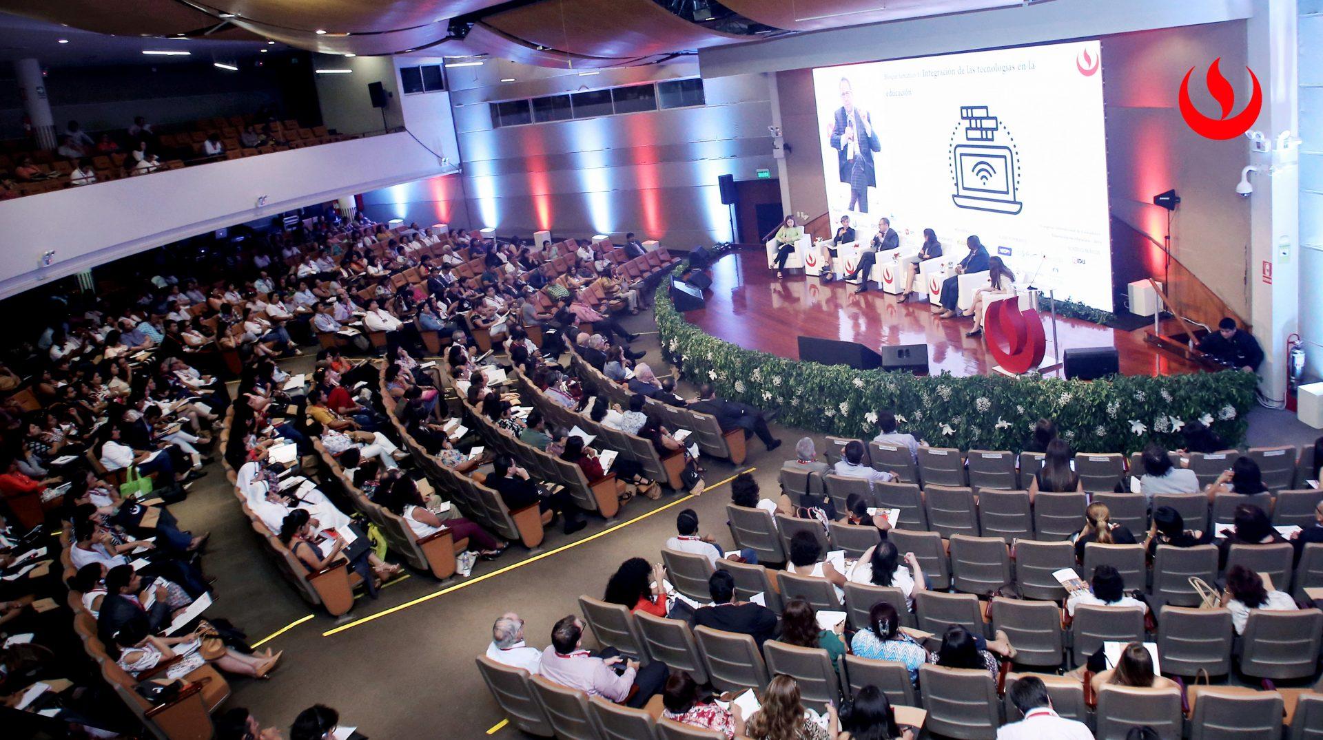 Más de 60 ponentes internacionales y nacionales capacitarán a profesores del Perú