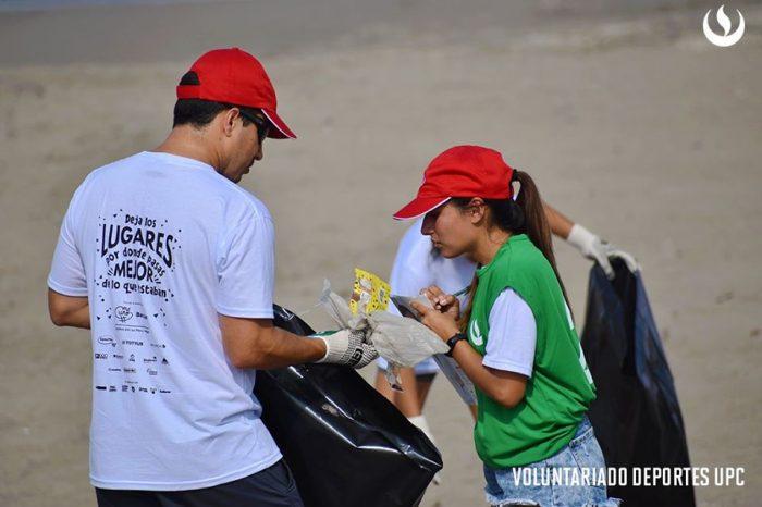 Comunidad deportiva UPC realiza limpieza de playas en Chorrillos