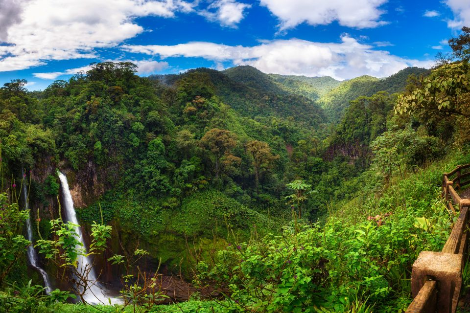 Embajador de Costa Rica ofrecerá conferencia sobre cambio climático