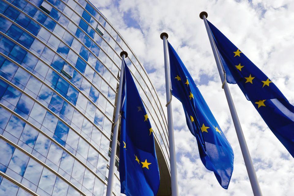 """Carrera de Relaciones Internacionales presenta conversatorio: """"Los retos de las democracias liberales europeas: Situación política de España y la Unión Europea"""""""