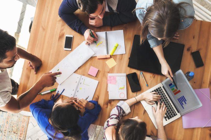 La Carrera de Administración y Gerencia del Emprendimiento elabora el taller de Growth Hacking