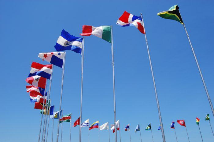 Carrera de Relaciones Internacionales presenta conferencia del Sistema Económico Latinoamericano y del Caribe