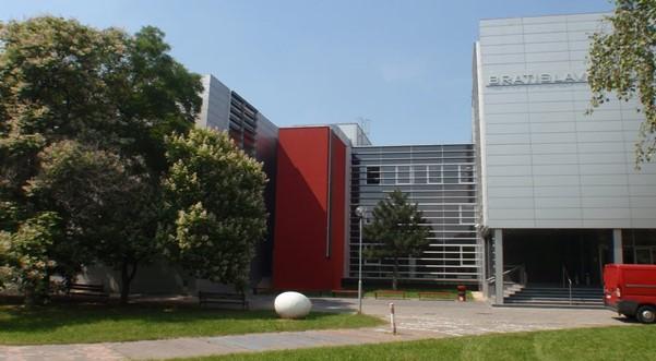 Alumnos UPC reciben beca Erasmus para estudiar un semestre en Eslovaquia